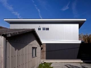 behavior モダンな 家 の Y.Architectural Design モダン