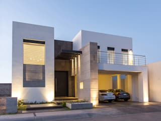 Houses by Grupo Arsciniest, Modern