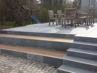 Terrasse:  Garten von Gartenträume Becker