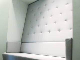 Wartezone:  Praxen von Grau Design