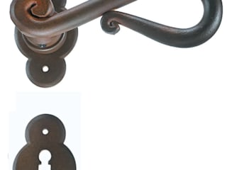 "Traditional Hardware""Roma "" Collection Galbusera Giancarlo & Giorgio S.n.c. Windows & doors Doorknobs & accessories"
