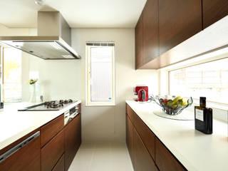Cocinas modernas: Ideas, imágenes y decoración de 株式会社スター・ウェッジ Moderno
