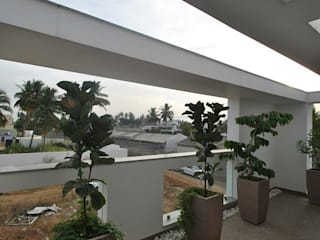 Modern balcony, veranda & terrace by Muraliarchitects Modern