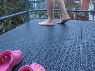 Bergo Briq tiles on balcony:  Terrace by Ecotile Flooring