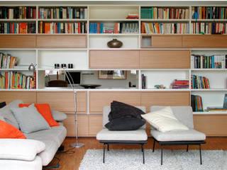 Raumteiler Front:   von Grau Design