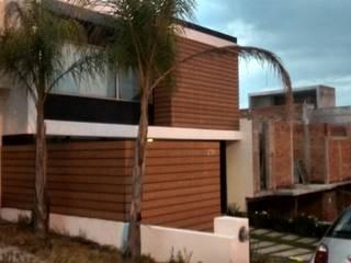 Minimalist house by Grupo Boes Minimalist
