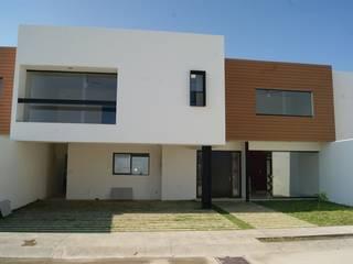 Fachadas de madera WPC Innover Grupo Boes Casas modernas