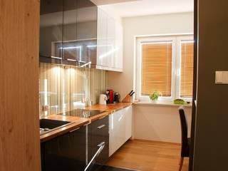 Kitchen by YNOX Architektura Wnętrz, Modern