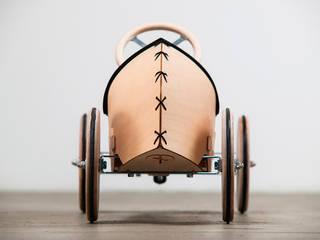FLINK Rutschauto von SOLIDMADE | Design Furniture Ausgefallen