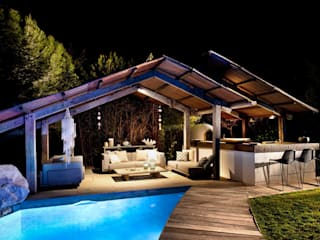 Garden Pool by TG Studio, Mediterranean
