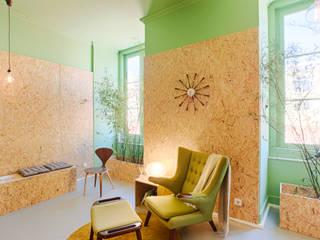 อาคารสำนักงาน โดย Santiago   Interior Design Studio , ผสมผสาน