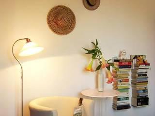 Angolo lettura:  in stile  di Daniela Ogis