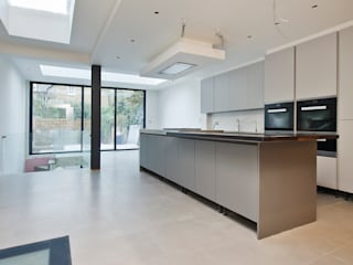 Parsons Green Basement Dig out and Extension Modern kitchen by Balance Property Ltd Modern