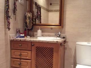 Bathroom by Blanc-O Arquitectura de Interiores y Decoración