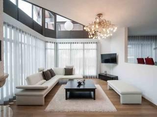 Wohnhaus Dresden Moderne Wohnzimmer von SK innenarchitektur Modern