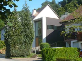 Minimalist house by wilhelm und hovenbitzer und partner Minimalist