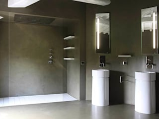 Minimalist style bathroom by CuboBianco Minimalist