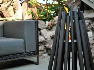 EcoSmart Fire kominki ekologiczne z Australii Nowoczesny balkon, taras i weranda od ilumia.pl Nowoczesny