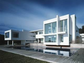 SOLER-MORATO ARQUITECTES SLP Casas de estilo mediterráneo