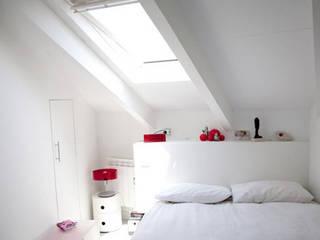Modern Bedroom by construcciones2 Modern