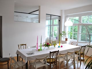 Modern dining room by quint-it DEUTSCHLAND GMBH Modern