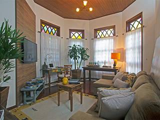 Residência Espada Alpha 11 Salas de estar campestres por Eliana Berardo Arquitetura e Construção Campestre