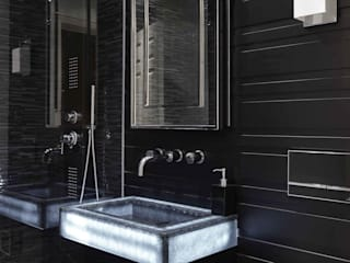 Point West Classic style bathroom by Keir Townsend Ltd. Classic