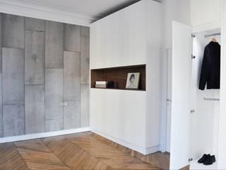 Rénovation d'un appartement rue J.-P. Timbaud, Paris par FØLSOM Scandinave