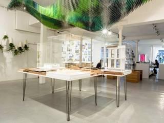 Exposition S&AA à la galerie d'architecture de Paris Centre d'expositions industriels par FØLSOM Industriel