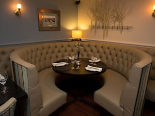 The Crown Lodge Hotel at Outwell: classic  by KAS Interior Design, Classic