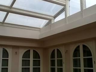 Realizzazione villa unifamiliare a Parma Balcone, Veranda & Terrazza in stile classico di Studio associato Busi Bini e Fava Classico