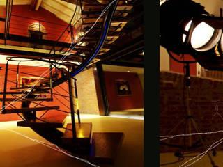 Ristrutturazione vecchio cascinale da destinare a galleria d'arte e per l'organizzazione di eventi. Ingresso, Corridoio & Scale in stile eclettico di Studio associato Busi Bini e Fava Eclettico