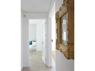 T2 Arquitectura & Interiores Corridor, hallway & stairsAccessories & decoration