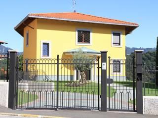 CMG Costruzioni Metalliche Grassi Classic style houses