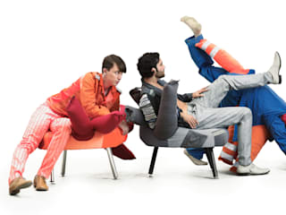Hard Working Furniture:   von Daniel Kroh