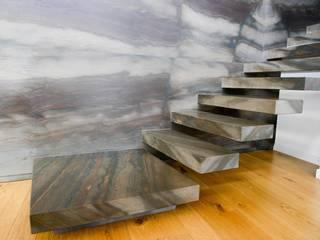 Sabotino Home 25 Ingresso, Corridoio & Scale in stile moderno di STUDIO ZERO 30 Moderno