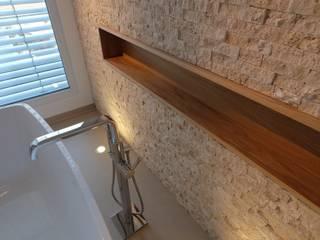 Haus_krn Moderne Badezimmer von aprikari gmbh & co. kg Modern