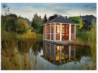 Chalet: moderner Garten von RIWO Gartenpavillons