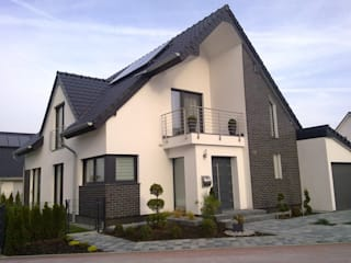 Einfamilienhaus in Bergkamen Moderne Häuser von Architekturbüro PlanKonzept Modern