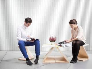 ZOO basic ( mesa central 4 piezas y 2 sillas):  de estilo  de MAYICE