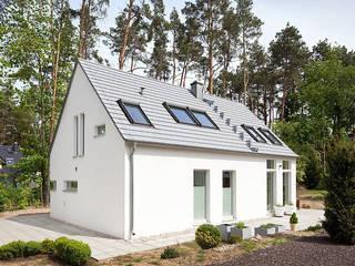 Minimalist houses by Müllers Büro Minimalist
