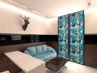 Oficinas de estilo minimalista de Студия дизайна интерьера Руслана и Марии Грин Minimalista
