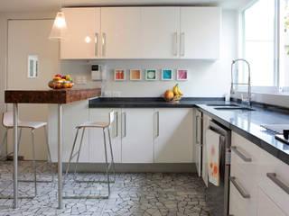 Cocinas de estilo  por DF ARQUITECTOS, Moderno