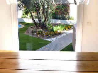Puertas y ventanas de estilo minimalista de ACA.Alfonso Cort Arquitecto Minimalista