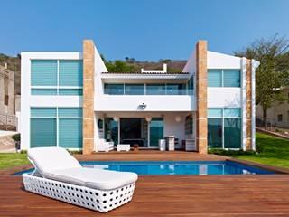 Excelencia en Diseño Modern Houses