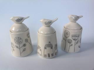 Lidded pots: modern  by Alrightmybird, Modern