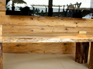 Stolik kawowy z orzecha od Old Wood Design Rustykalny