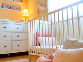Nursery/kid's room by T2 Arquitectura & Interiores