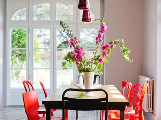 salle à manger cuisine par Frédéric TABARY Éclectique
