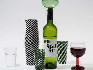 Entracte. Version en verre vert.:  de style  par Laurence Brabant Editions